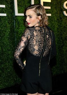 Lily Collins attends a private Elie Saab dinner on November 2014 Lily Collins Hair, Lily Collins Style, Party Frocks, Girl Falling, Miranda Kerr, Elegant Outfit, Elie Saab, Star Fashion, Her Style