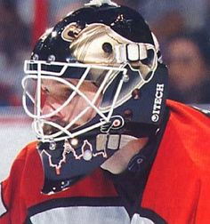 This was my favorite Ron Hextall mask...so simple and elegant...love the silver Liberty Bells and Philly skyline.