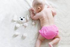 Friends have persuaded me to use disposable diapers because of convenience. This might be true, but using cloth diapers for my baby's delicate skin and preserving the environment are much more important than convenience for me. Unisex Baby Names, Baby Girl Names, Baby Baby, Baby Sleep, Baby Essential List, Couches Jetables, Baby Registry Essentials, Baby Bottle Warmer, Minimalist Baby