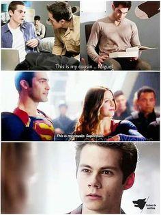 Stiles: - este é meu primo...Miguel Esse é meu primo: Superman KKKKKKK RISOS