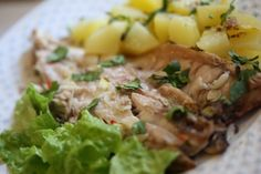 Robalo escalado no forno http://grafe-e-faca.com/pt/receitas/do-mar/peixe/robalo-escalado-forno/