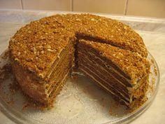 Medovník - Meg v kuchyni Bakery Recipes, Cookie Recipes, Dessert Recipes, Food Cakes, Dessert Bars, Layered Desserts, Honey Cake, Turkish Recipes, No Bake Cake