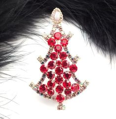 "Unique Czech Rhinestone Christmas Tree Pin #635 - 2 6/10"" height"