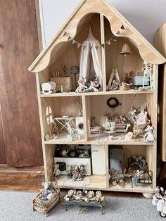 Ikea Dollhouse, Modern Dollhouse Furniture, Doll House Plans, Baby Room Design, Barbie House, My New Room, Christmas Inspiration, Kids Decor, Play Houses