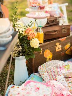 Schnell ein paar Sachen zusammenpacken und ab nach draußen - so wird's normalerweise gemacht. Doch dieses Picknick soll ein ganz besonderes werden...