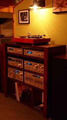 Turnable Pioneer - 1977 by KDesign Italy HI Fi Pioneer 1979 Home Audio Speakers, Hifi Audio, Som Retro, Lps, Case Mods, Audio Vintage, Pioneer Audio, Vynil, Audio Rack