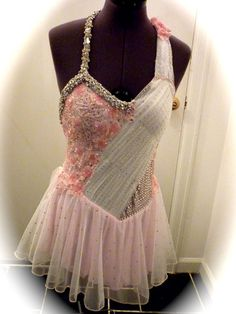 Lyrical or ballet dance costume!! SOOO pretty I want it !