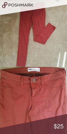 Burnt orange jegging skinny jeans. LIKE NEW. Burnt orange RSQ skiing jegging Jean RSQ Jeans Skinny