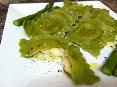 DJ Dave Diner 10/21 Avocado Ravioli Almondine - After ingesting 40 tacos the last 2 days, I knew this was going to be a Meatless Monday. Then I received a shipment of homemade avocado ravioli made with almond flour, stuffed with almonds, gorgonzola and fresh garlic (I could smell it before I unwrapped it!), and then a little drizzle of truffle oil, bourbon pepper and Parmesan did the trick. Long live the avocado!