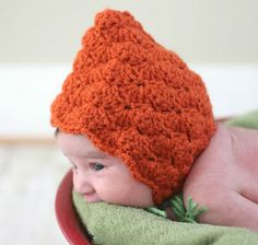 How cute is this little Crochet Pumpkin Pixie Bonnet for the wee one this Halloween!