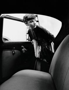 Audrey Hepburn by Bob Willoughby.