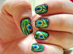 Peacock Feather Nail Art * (this one links to the actual website)