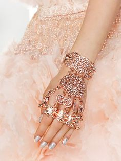 amazing hand jewelry...it's like a method of self defense too