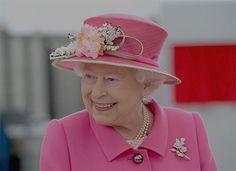 Queen Elizabeth II known for modernizing 'walkabout'.: Queen Elizabeth II known for modernizing 'walkabout'… Die Queen, Queen Birthday, 90th Birthday, Happy Birthday, Isabel Ii, David Cameron, Princess Eugenie, Princess Diana, Royals