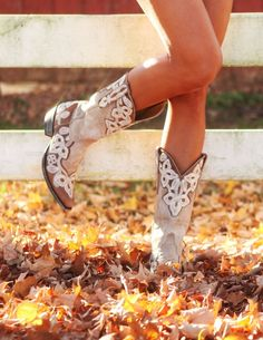 I'm SO IN LOVE with these boots!