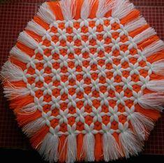 Hızlı ve çok kolay İki Şiş Patik Yapımı 🙌/ Easy Knittin Booties / ТАПОЧКИ СПИЦАМИ Embroidery Hoop Art, Embroidery Designs, Woolen Craft, Loom Craft, Crochet Decoration, Weaving Patterns, Tans, Knitting For Beginners, Loom Knitting