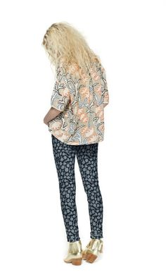botanical denim look Return To Work, Mixing Prints, Autumn, Denim, My Style, How To Wear, Outfits, Clothes, Collection