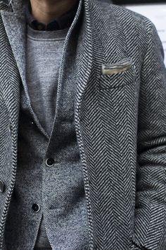 details / herringbone tweed