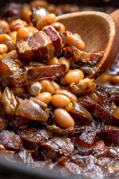 NYT Proper Boston baked beans would have salt pork instead of the bacon James Beard cooked them with ribs The key is to use the little white pea beans known as navy beans, and to allow time to do most of the work Side Dishes For Bbq, Side Dish Recipes, Dinner Recipes, Holiday Recipes, Baked Bean Recipes, Beans Recipes, Bacon Recipes, Yummy Recipes, Recipies
