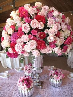 A  centerpiece rose bouquet