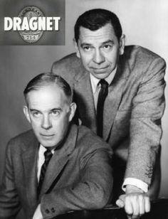 Coup de filet (Dragnet) est une série télévisée américaine en 276 épisodes de 26 minutes, en noir et blanc, créée par Jack Webb et diffusée entre le 16 décembre 1951 et le 23 août 1959 sur le réseau NBC.