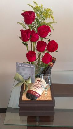Red Roses, bottle of wine with glass, sent to that special someone for Pre-wedding or Valentines Day? Valentine Flower Arrangements, Valentines Flowers, Valentines Diy, Floral Arrangements, Deco Floral, Arte Floral, Floral Design, Flower Box Gift, Flower Boxes