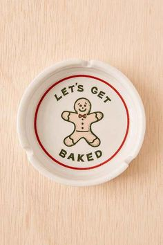 Baked Gingerbread Ashtray - Urban Outfitters