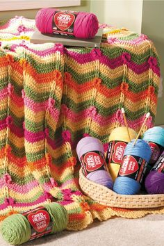 Crochet Throw with Posies   Free Crochet Pattern