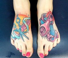 Industry ink moderns fans show off their tattoos career modern salon hairdressing tattoo designs cosmetology Cosmetologist Tattoo, Cosmetology Tattoos, Hairdresser Tattoos, Hairstylist Tattoos, Hair Tattoos, Foot Tattoos, Body Art Tattoos, New Tattoos, Sleeve Tattoos