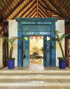 Juan Montoya's Designing Paradise - Design Chic Design Chic