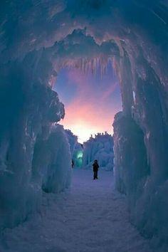 Ice castle Silverthorne Colorado