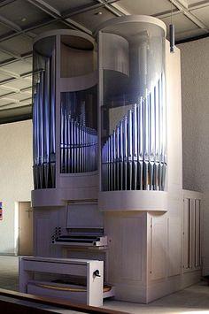 Klais Orgelbau; St. Peter, Bempflingen, Germany; II/11, 2000