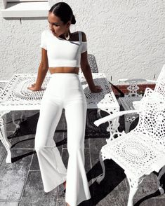 Newest ladies fashion outfits ! All White Outfit, White Outfits, Classy Outfits, White Outfit Party, Mode Outfits, Fashion Outfits, Womens Fashion, Fashion Styles, Street Style