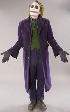 Astounding collection of lost Dark Knight promo images show every detail of The Joker - Werder Bremen Bilder Joker Cosplay, Female Joker Costume, Diy Joker Costume, Costume Ideas, Joker Dark Knight, Joker Halloween, Cool Halloween Costumes, Halloween Cubicle, Halloween 2018