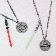 Star Wars Sith Lord vs Jedi Master lightsaber necklace set by Bioworld ⭐️ Star Wars fashion ⭐️ Geek Fashion ⭐️ Star Wars Style ⭐️ Geek Chic ⭐️