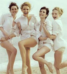 Kristen Stewart, Blake Lively, Emma Roberts, Amanda Seyfried