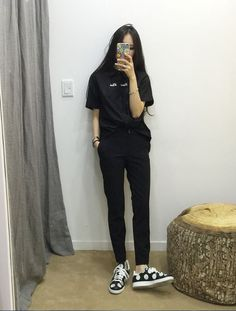 Love these casual korean fashion 9270 Source by Outfits korean Daily Fashion, K Fashion, Korea Fashion, Asian Fashion, Fashion Outfits, Womens Fashion, Boyish Fashion, Fashion Ideas, Trendy Fashion