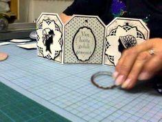 Het idee is van een hobbymaatje. Ik heb div. produkten van Marianne design gebruikt, zoals Pretty Papers Black and White, de rozet mal en de dameshoofdjes en...
