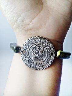 Mayan Aztec Calendar Bracelet, Honduran pottery jewelry, Present for Pottery lover, Mexican Emerald Gift for Her, Aztec Favor for Latina Aztec Jewelry, Aztec Earrings, Turquoise Earrings, Copper Jewelry, Aztec Calendar, Mexican Jewelry, Coin Pendant, Beautiful Earrings, Antique Silver