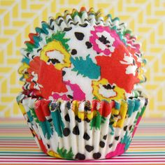 Rad Blossom Baking Cups from Layer Cake Shop!  Retro cupcake liners for baking muffins, cupcakes, or diy craft project!  #vintage #flower #floral #punk