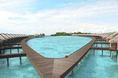 Luxury Resort Ayada Maldives Swimmingpool