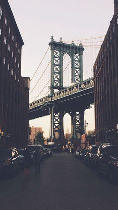 iPhone Wallpaper - New York Bridge City Building Architecture Street # w. Wallpaper City, Travel Wallpaper, New York Iphone Wallpaper, Simple Iphone Wallpaper, Wallpaper Ideas, New York Bridge, Photographie New York, Voyage New York, City Aesthetic
