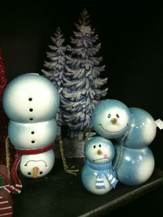 Metal snowmen- Crofts Floral & gifts, Dayton, wa.