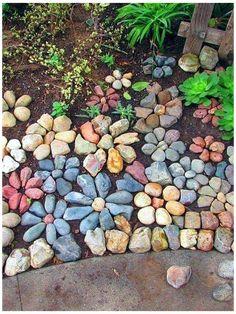 Garden Yard Ideas, Diy Garden Projects, Garden Crafts, Lawn And Garden, Rock Garden Plants, Rock Garden Art, Rocks Garden, Garden Stones, Spring Garden