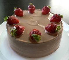 イチゴのチョコレートショートケーキ