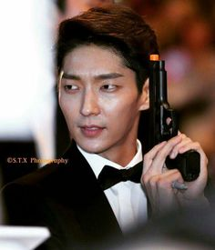 Lee Joon Gi: The Hottest, Most Handsome And Talented South Korean Actor And Entertainer: Lee Joon Gi - A Scene Stealer In Resident Evil: The Final Chapter Lee Joon Gi 2016, Korean Male Actors, Criminal Minds 2017, Lee Joong Ki, Arang And The Magistrate, Hapkido, Resident Evil, Best Actor, Beautiful Eyes