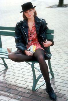 Bridget Fonda in Cameron Crowe's Singles