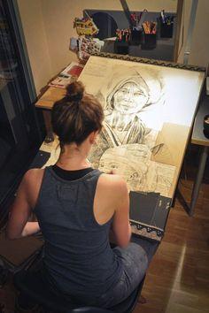 """Stéphanie Ledoux painting """"Femme Chin de Birmanie"""" in her art studio #workspace."""