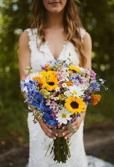 58 Jaw-Droppingly Beautiful Bouquets For Summer Wedding To O.- 58 Jaw-Droppingly Beautiful Bouquets For Summer Wedding To Obsess Over Bright wedding bouquet ideas , Vibrant hued wedding bouquet perfect for summer wedding Summer Wedding Bouquets, Flower Bouquet Wedding, Summer Weddings, Wildflower Wedding Bouquets, Summer Wedding Themes, Diy Wedding Hair, Bouquet Flowers, Second Weddings, Wedding Flower Arrangements