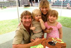 Steve, Robert, Terri and Bindi Sue Irwin How awesome would it be to have been a part of that family?!